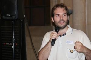 Gustavo Aranda de We Use PowerUps y ESAT